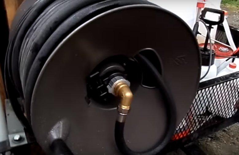 How to repair a hose reel