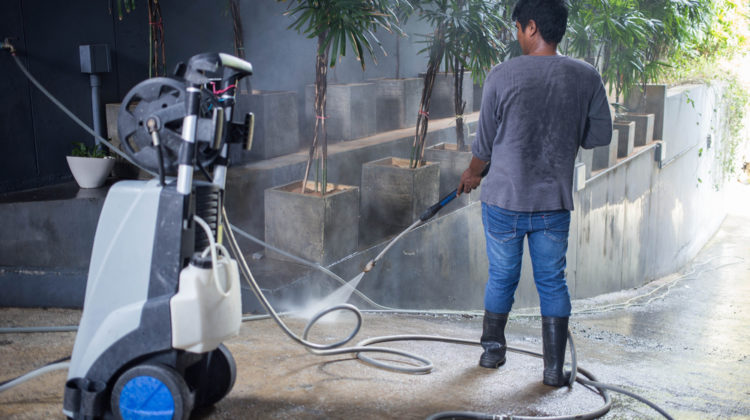 5 Best Pressure Washer Reviews 2018: Complete Buying Guide